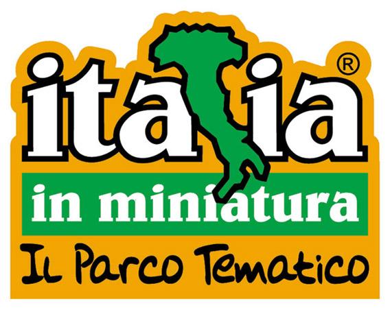 http://divertimentitalia.files.wordpress.com/2009/04/cosplay-italia-in-miniatura-rimini-20091.jpg